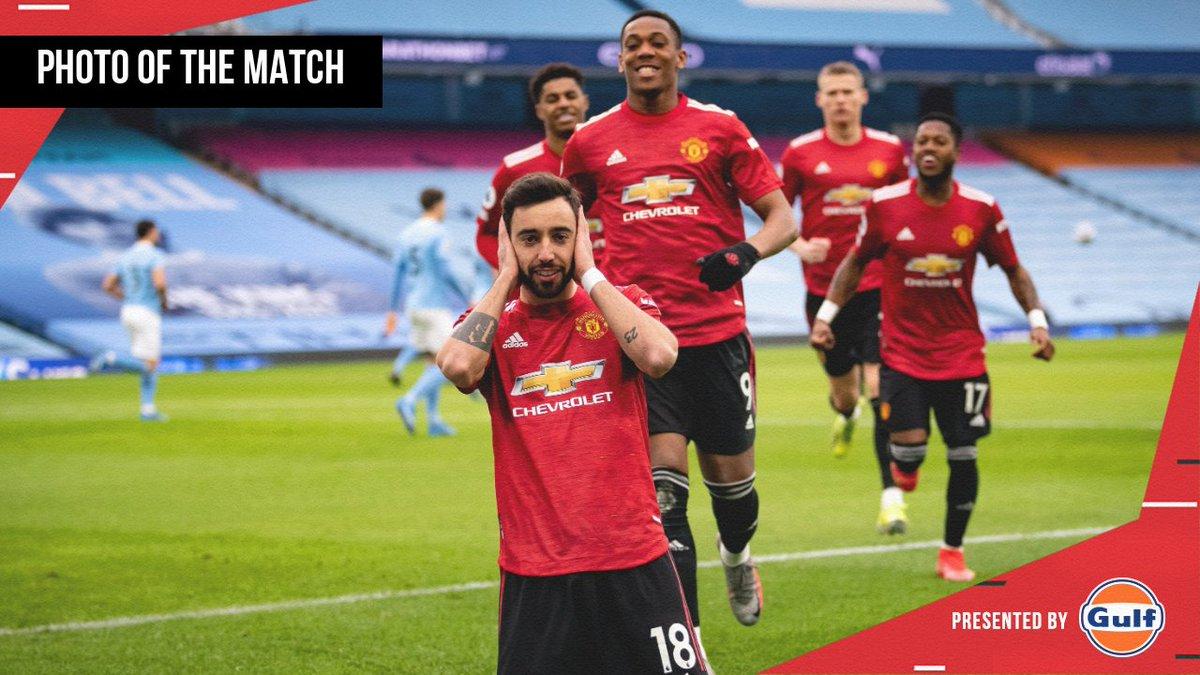 All smiles on Sunday 😄  🔴 #MUFC #️⃣ #MCIMUN @GulfOilIntl