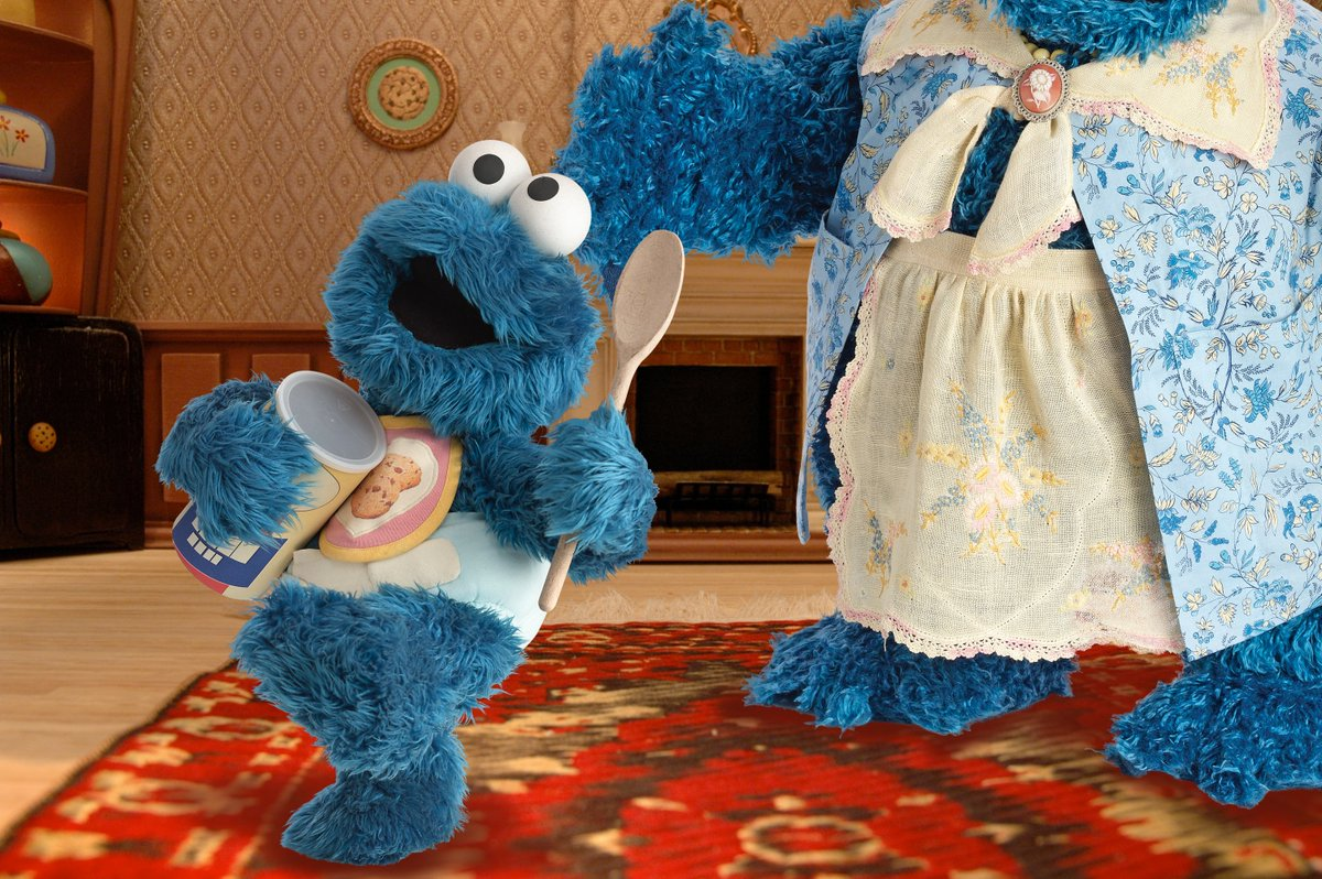 There really isn't anything cuter than baby @MeCookieMonster 💙