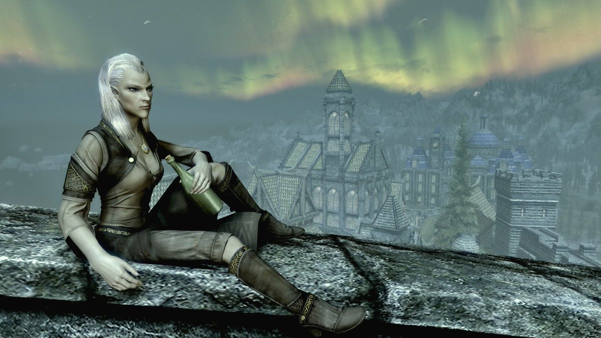 #ComfortOcs this is a nice tag! Some of my favorite shots of Jasiya from over the years.  From wanderer, to Dragonborn, to Auri-El's Champion, to Arch-Mage #skyrim