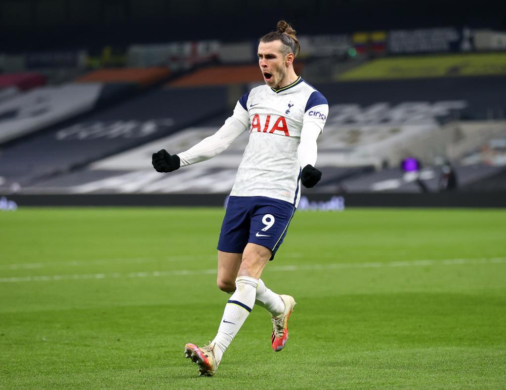 Tottenham de José Mourinho vence Crystal Palace por 4-1 ✔️  ⚽⚽ @HKane  ⚽⚽ @GarethBale11   #UEL