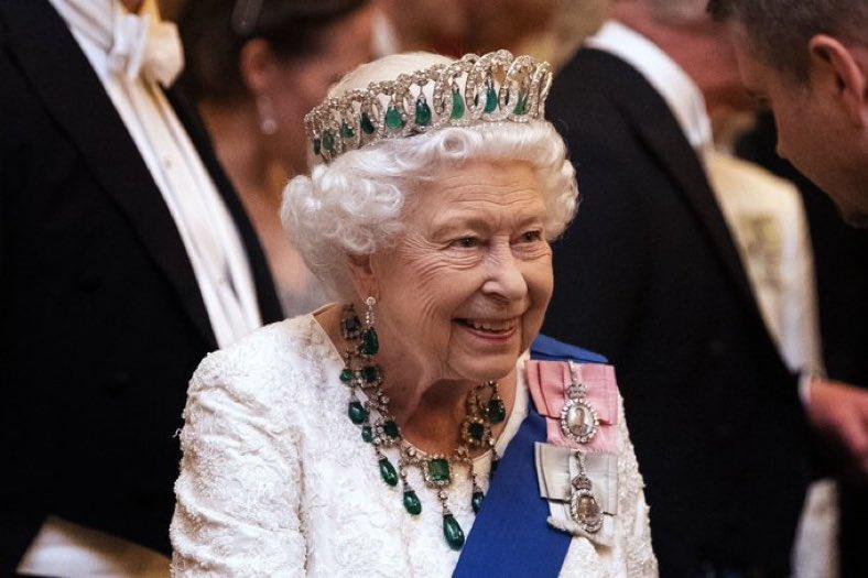 Petition to replace Raggedy Ann Elizabeth II with Queen Nicki Minaj