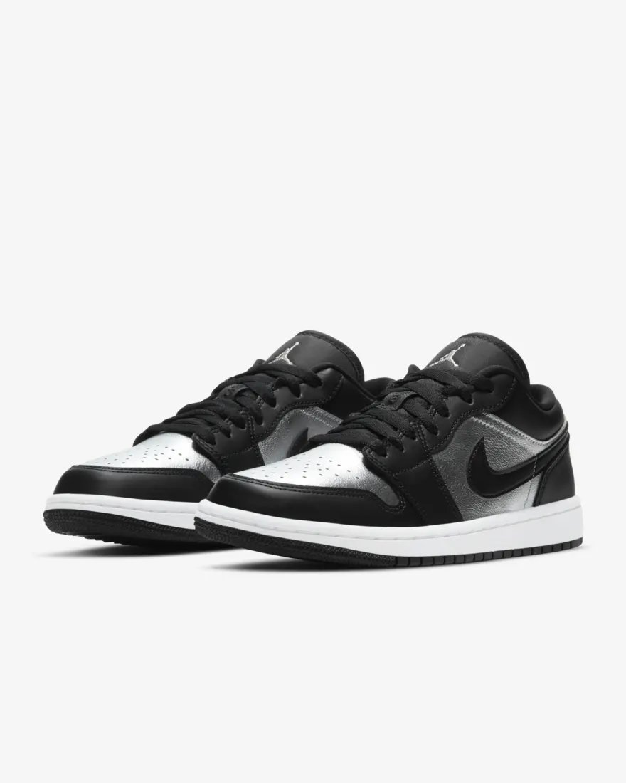 Live in 25 minutes via Nike EU: Air Jordan 1 Low