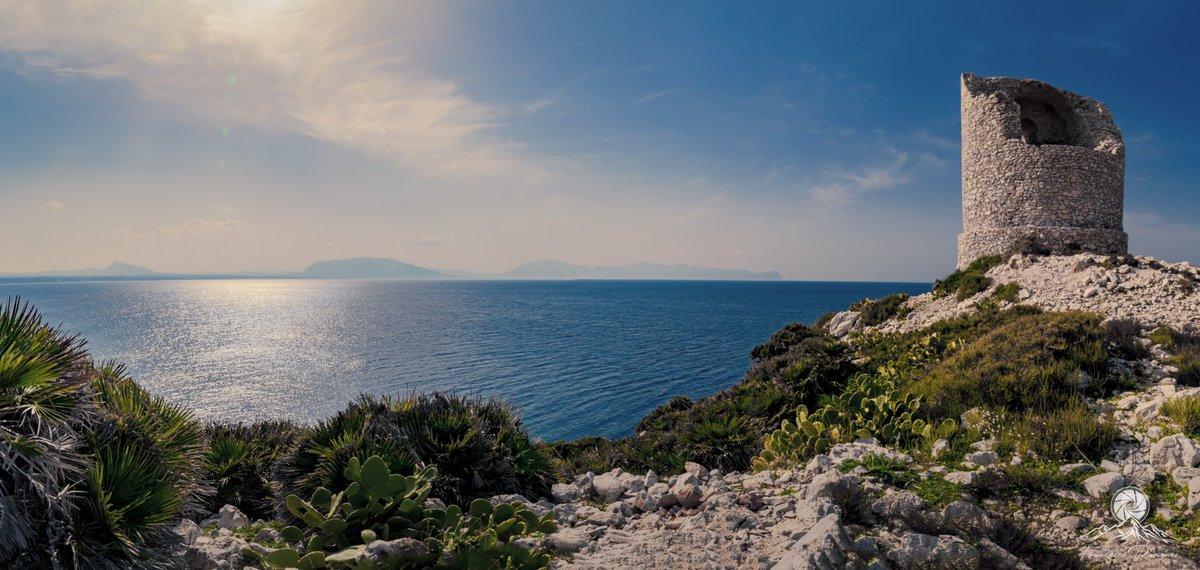The tower of the sea #landscapephotography #tower #Sicilia #Sicily #terrasini #sea #SundayMorning #Panoramic #blue #sky