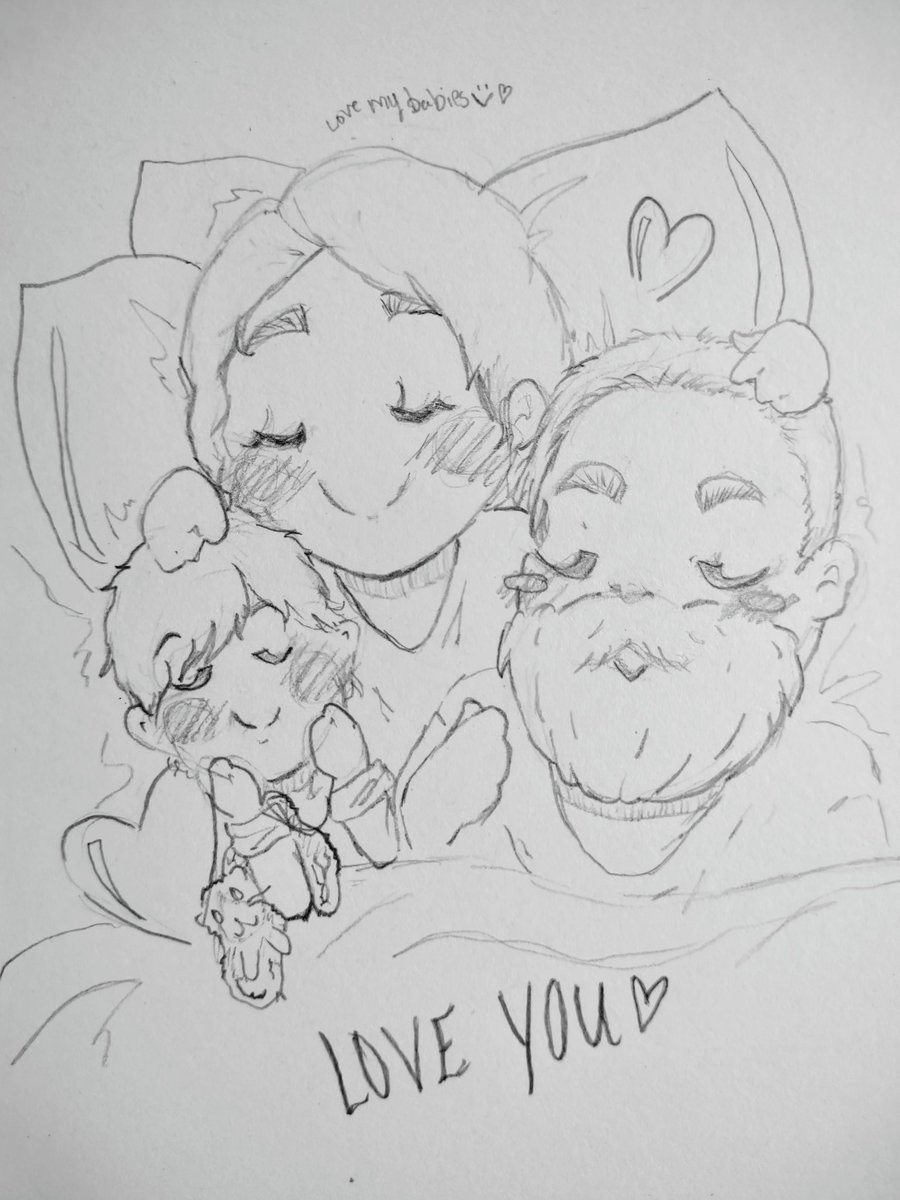 Happy little family of three; Baby, Jamesy, and me ♥   #dailydoodle #art #ArtistOnTwitter #traditionalart #drawing #anime #cartoon #artwork #artist #drawingwithADHD #Pencildrawing #family #beard #baby #toddler