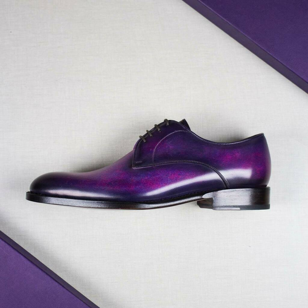 International Women's Day  March 8 . . . #8m #internationalwomensday #andressendra #patina #andressendrashoemaker #shoes #classy #leather #craft #fashion #shoemaker #vsco #vscocam