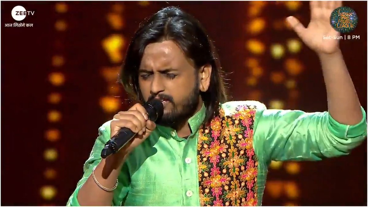 #MumbaiWarrios ke naye sitaare #RachitAgarwal kya apni iss dhamdaar performance ke saath baan paayengey #IPML jeetne ke bhi davedaar? Dekhte rahiye #IndianProMusicLeague, Sat-Sun, 8 PM, sirf #ZeeTV.  #IPMLonZeeTV #MusicUnchaRaheHamara #NilkamalMumbaiWarriors #NayeSitaare