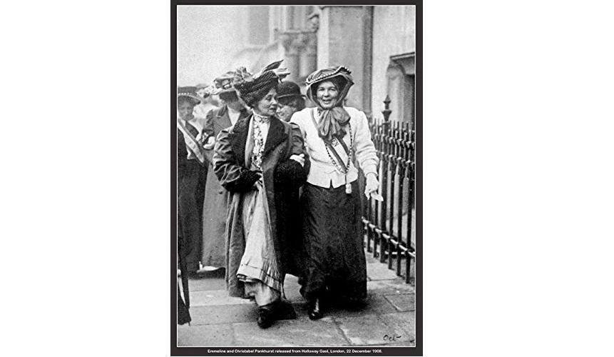 Suffragettes Emmeline and Christabel Pankhurst, just walking around, doing legendary stuff. Cheers!    #internationalwomensday #iwd2021 #iwd2021♀️