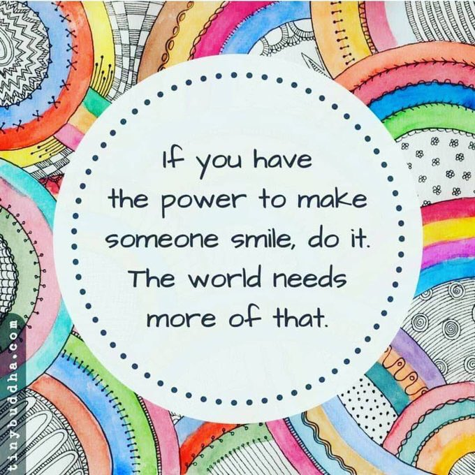 Make someone smile today 😀 spread a bit of #happiness in yours and others days via @actionhappiness #WednesdayWisdom #WednesdayMotivation #IQRTG   via