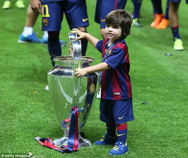 Shakira's son touched cl trophy more than entire PSG Team touched So keep ypur tongue where it belong shitheads💩💩 #psgfans #RespectShakira #RespectWomen