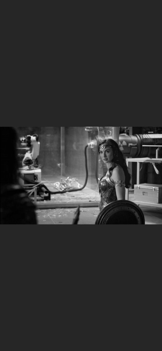 Its #WonderWoman #DianaPrince  today  We need to stand together . be careful in the world of men Diana. Ur people have always hated altanteans. Dont engage alone ,We do this together.
