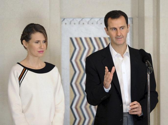 الرئاسة السورية تعلن عن إصابة الرئيس بشار الأسد وزوجته بفيروس كورونا.