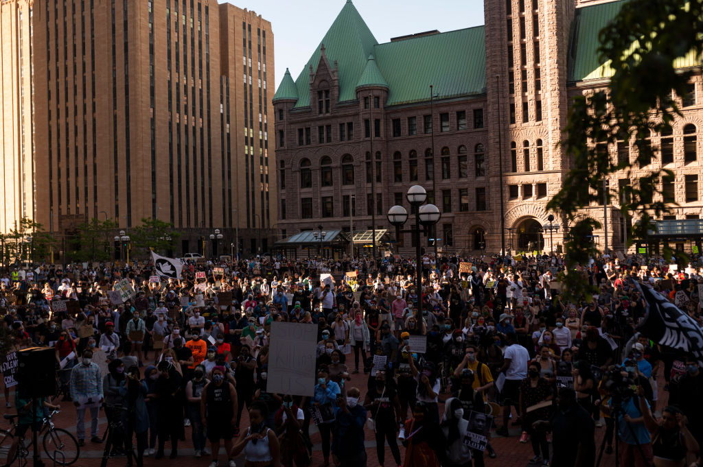 How concerned is @mtosterholm about protests that may arise during the #DerekChauvinTrial?  Listen to his chat with @AC830 on @TMNwithDaveLee. https://t.co/x4EowRowKt @CIDRAP #Chauvin https://t.co/EK6aOZKPit