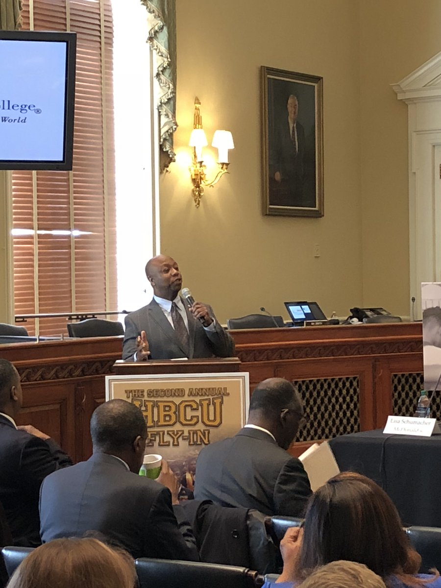 For 5 years @votetimscott has brought together #HBCU leaders for his annual #HBCUFlyIn   Republicans made this event happen & #GOP made this a priority in Congress.   This year it is happening virtually, watch:   Kudos to @SenatorTimScott's  office! #BHM