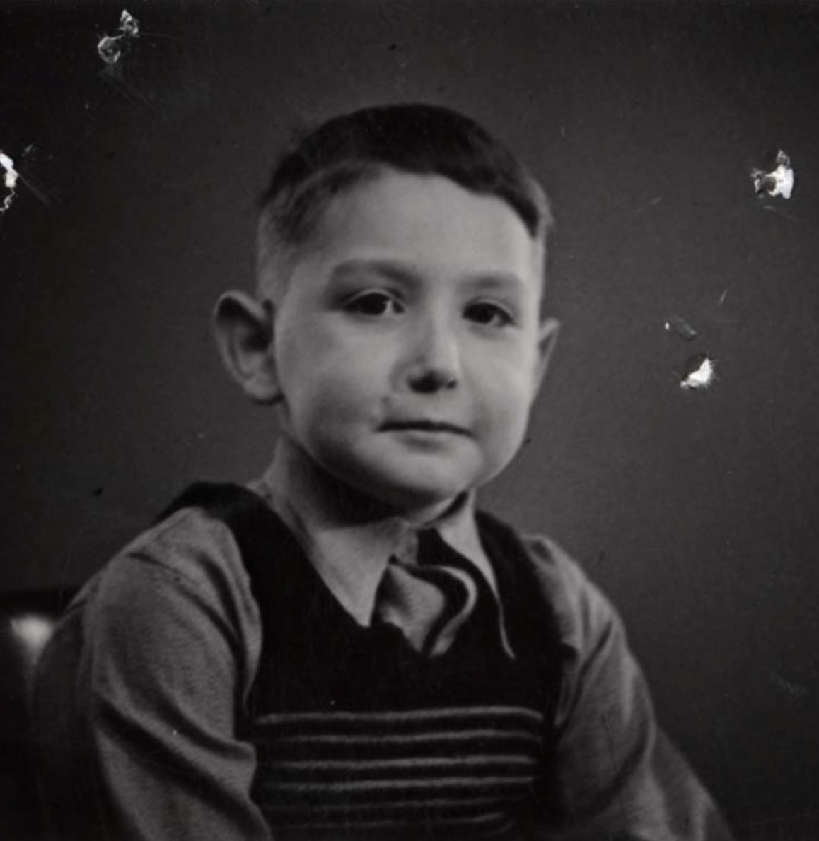 25 February 1931 | A German Jewish boy, Gert Wolfgang Schönfeld, was born in Berlin.   In February 1943 he was deported to #Auschwitz and murdered in a gas chamber.