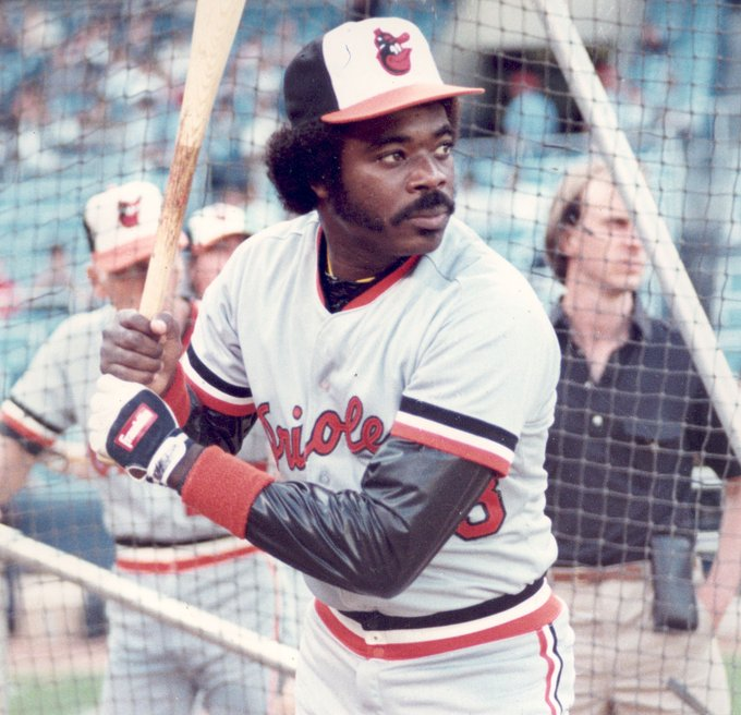 Happy birthday to Hall of Famer and legend  , Eddie Murray