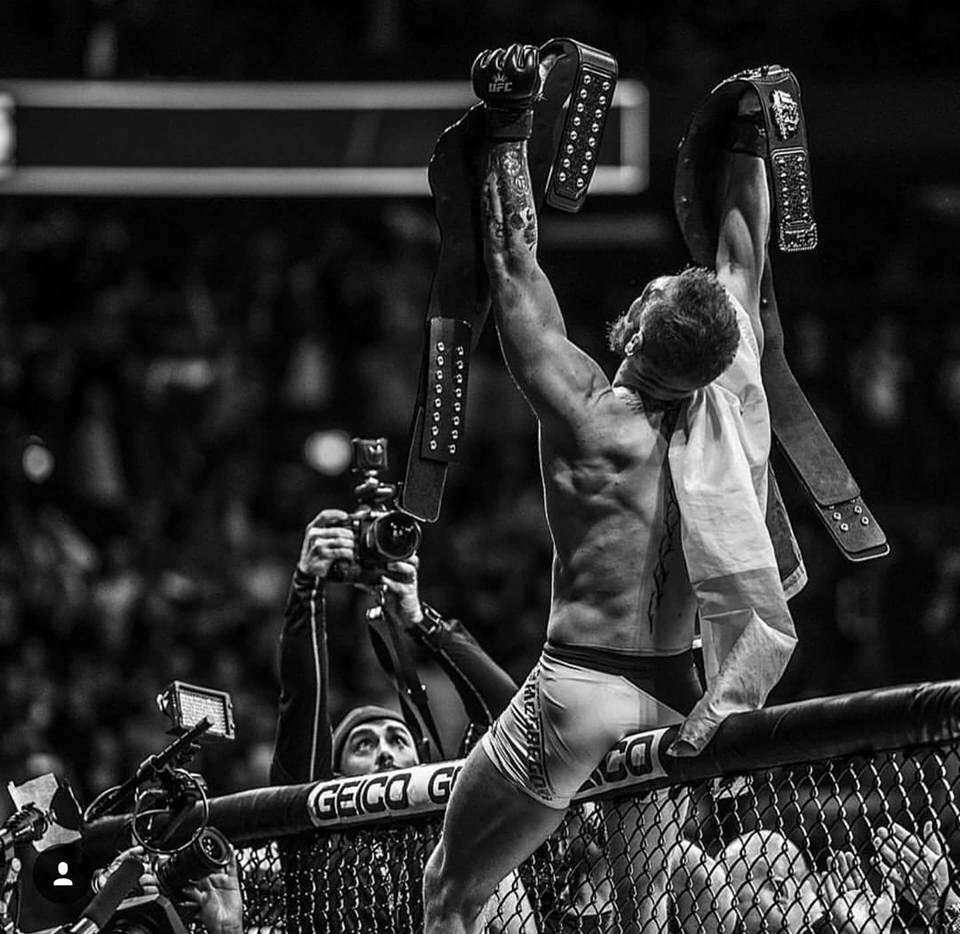 @btsportufc Still gives me chills ....what a time that was,historic night, historic arena and a true masterclass  performance by @TheNotoriousMMA 👊.One of the greatest ufc events. #champchamp #ConorMcGregor