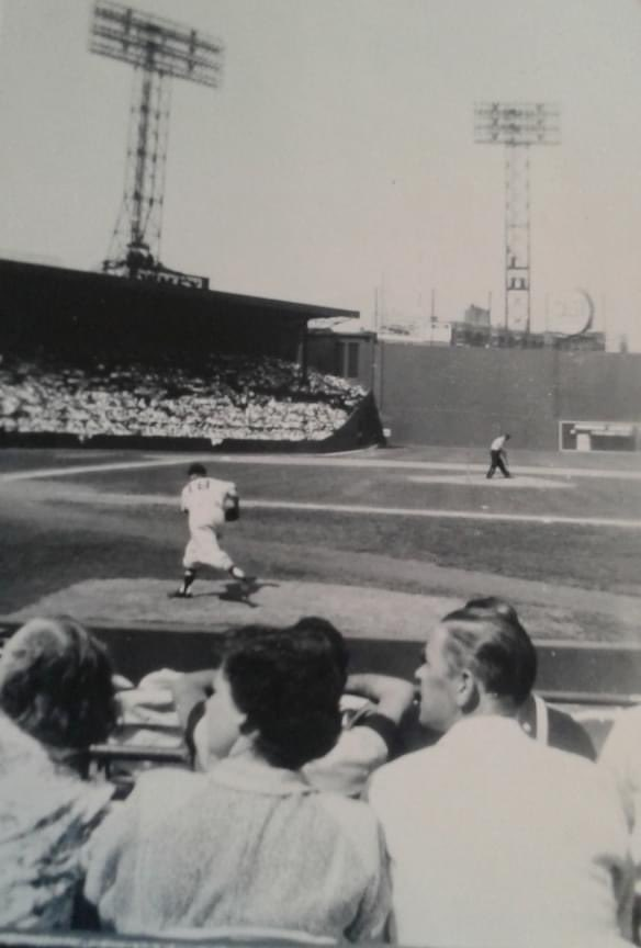 "Fenway, August 28, 1950. From LB Follower Bob Wormington whose parents were there that day and the 27th... ""The Sox fell behind (both days) 7-0 and 12-1 to Bob Feller and Bob Lemon but ended up winning both games. The 2nd day, my Dad wanted to leave but my Mum wouldn't let him."" https://t.co/BLuOsJ0F8q"