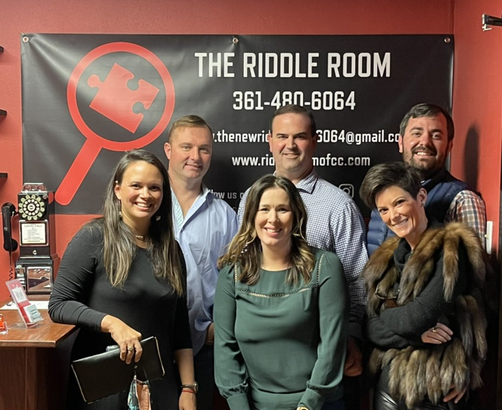 Congrats to this group for completing the Break The Spell room with 12 minutes left on the clock.  #riddleroomrevolution #bookitnow #takethechallenge #escapeartists