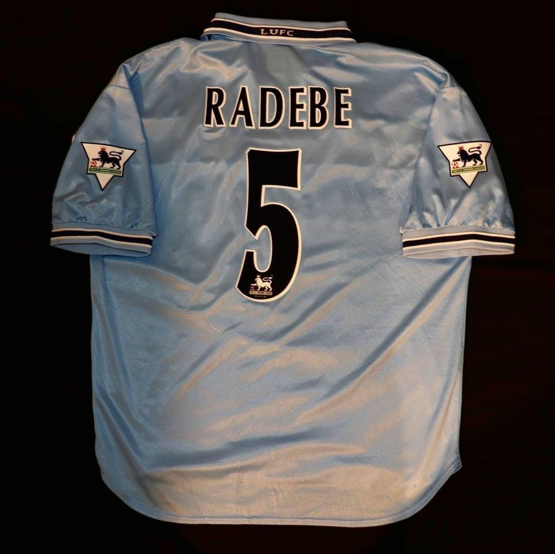 Stunning Puma Leeds United away shirt worn between 1998-2000. With Radebe 5 printed on the back.  @lucasradebe   #leedsunited #leedsshirts #leedsleedsleeds #leeds #lufc #footballshirts #football #premierleague #PL #lucasradebe #radebe #puma
