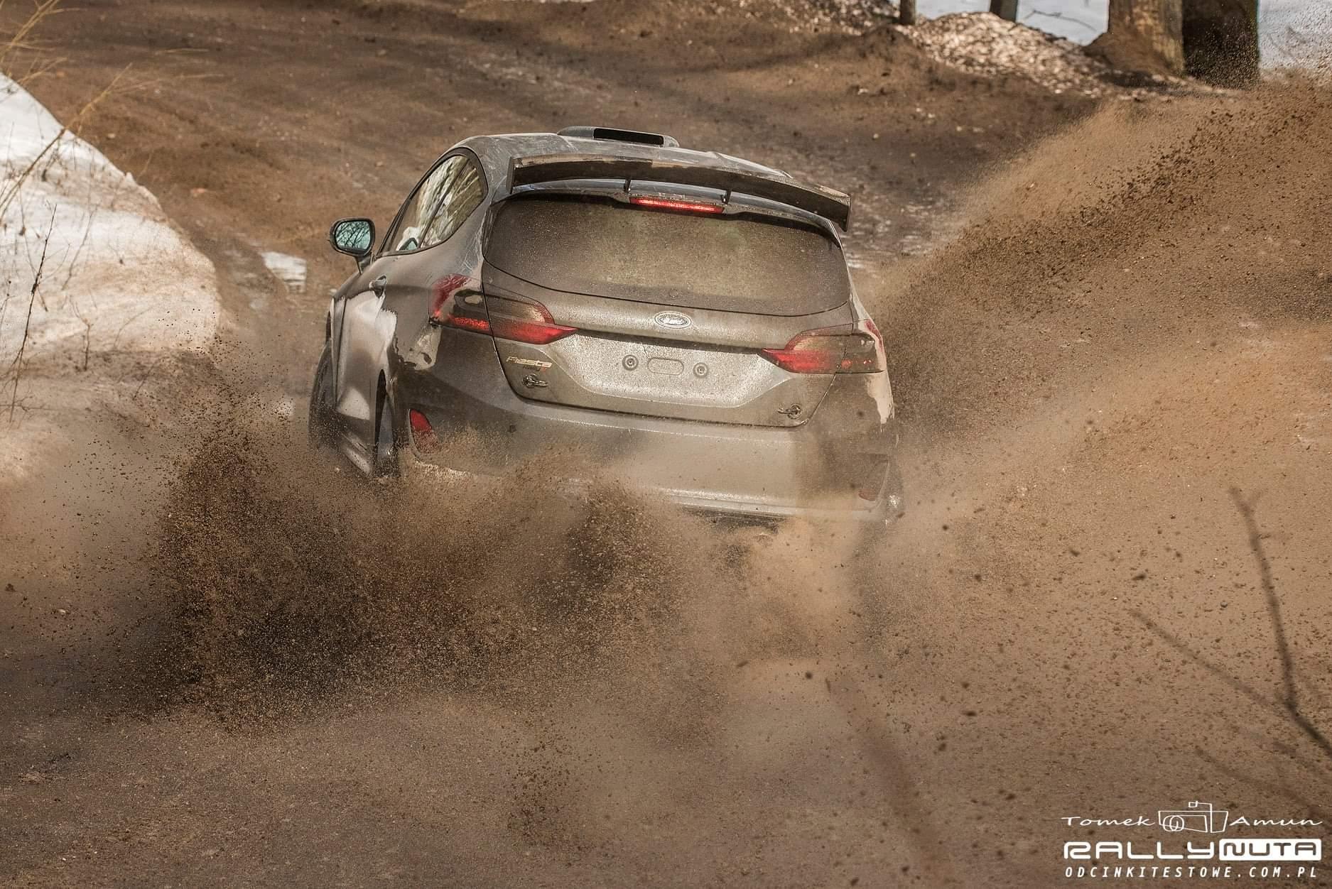 FIA European Rally Championship: Temporada 2021 - Página 3 EvBNehXXIAAdFfJ?format=jpg&name=large