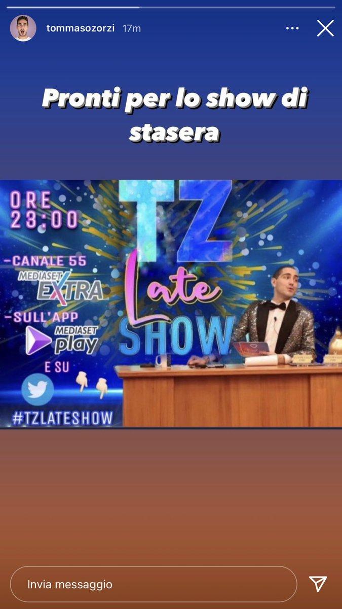 Adoro che Lazzaro metta la locandina che ha creato una ragazza qui su Twitter🥰🥰 #tzvip #TZLATESHOW