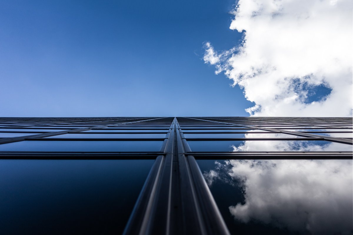 """TODAY'S BLOG: """"... As an industry, we have done a lot of work to optimize the building envelope to save time, money and emissions and to meet increasingly stringent building standards,"""" says Joe Erb. Read more: https://t.co/f6kEMx9BI6 #usglass #usgnn #glassnews https://t.co/DJJPGSejHS"""