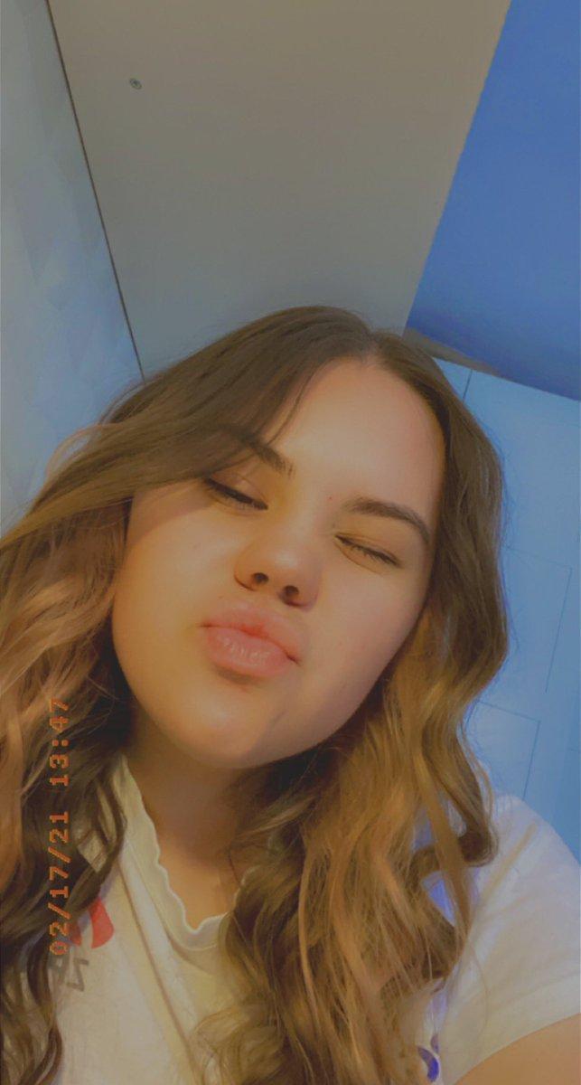 RT @shawnshine98: dzień dobry to ja i luluś pa #lovelylouies https://t.co/7qTgeJq1oE