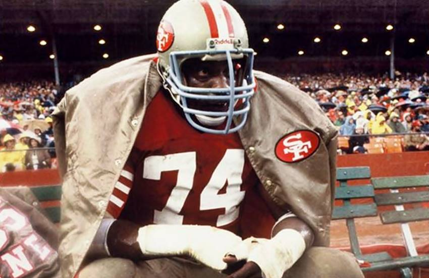 Hall of Famer Fred Dean was born on this day in 1952. One of our personal favorite #49ers players of all time.   Happy birthday, Fred. We miss you!