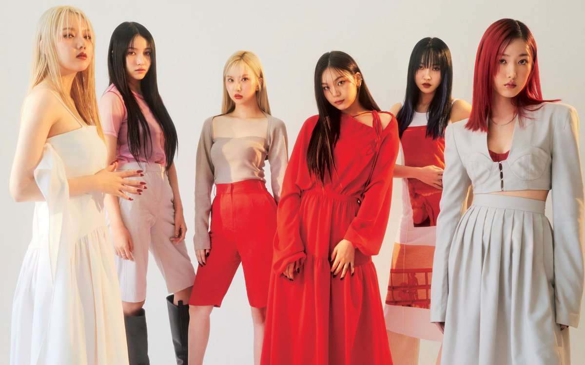 Elle Japan will be release their April Issue on February 26th featuring us who appeared for the first time through the magazine. ❤ https://t.co/NIjkP6EjNo