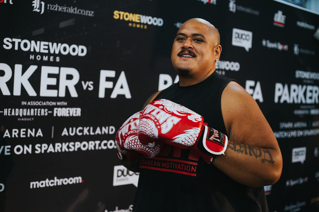 Plus Phil Tele'a who has lost 160kgs so far on his health and fitness journey with @DaveLetele at BBM and his opponent Niro Iuta.  Gotta love a bit of culture in the ring too ;)