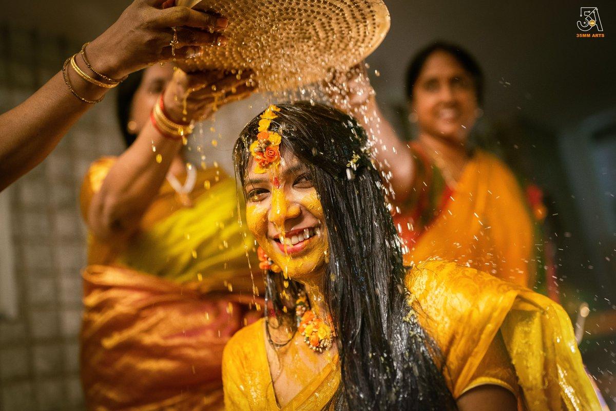 In frame Bride Sravya Koppula DM for inquiries Contact or WhatsApp: +91 9966312342 Landline: 08914806258 #35mmarts #naninarendra #weddingphotographers #preweddingphotographers #vizagcity #visakhapatnam #india #weddings #wedding #wedmegood #weddingphotographerssociety