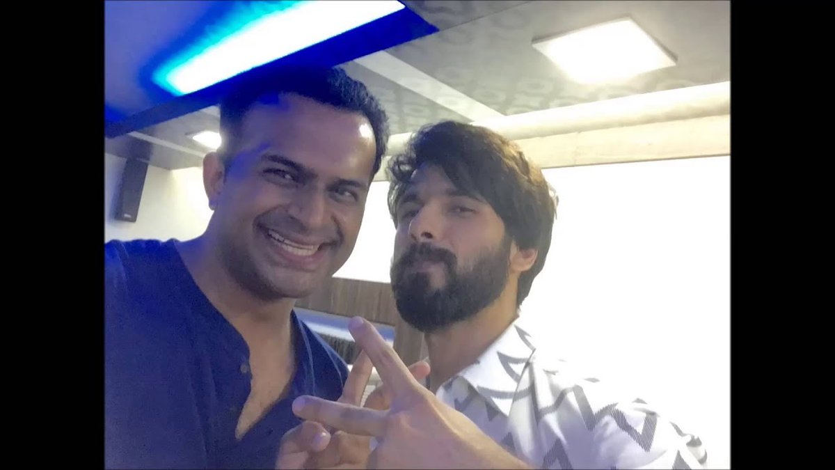 Happy Birthday to my brother, the uber talented who makes everyrole iconic: @shahidkapoor! You always win everyone's heart with your kindness and warmth! Keep rocking it, always! 🤗  #SidK #ShahidKapoor #HappyBirthdayShahidKapoor