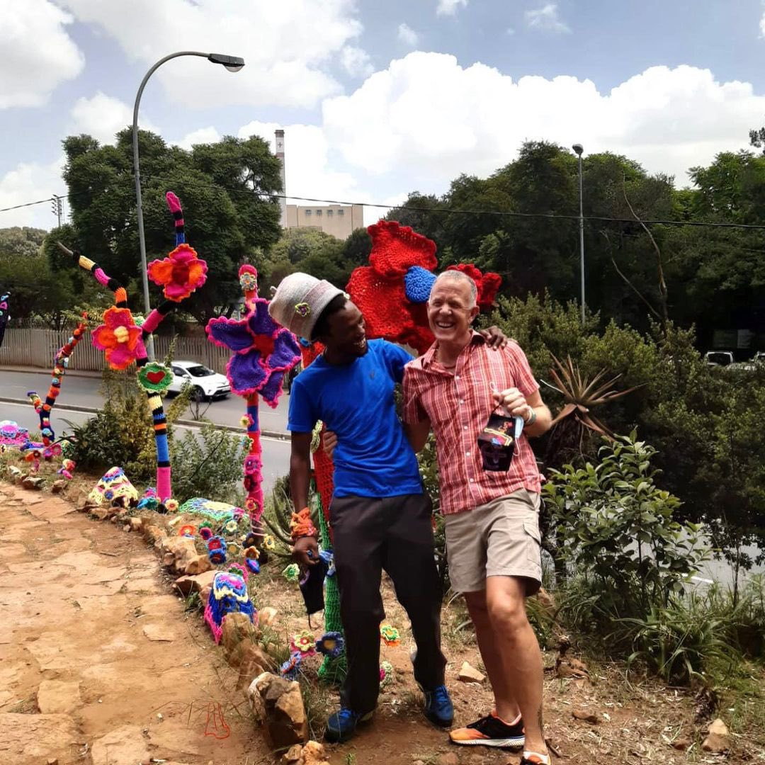 #VMen Rising in #Johannesburg, South Africa, as they partake in the creation of the #GardenOfYarns.  📸: @jahstitchndou  #RaiseTheVibration #RisingGardens #RiseGardenResist #RisingGarden #RisingWorld #VDay #1BillionRising #RiseResistUnite #RiseInSolidarity #UntilTheViolenceStops