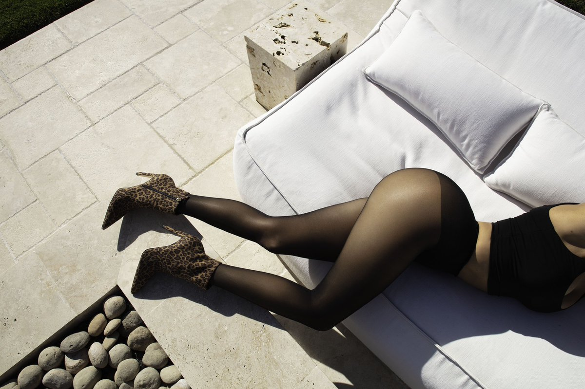❥ Good American Booties x Skims tights ❥