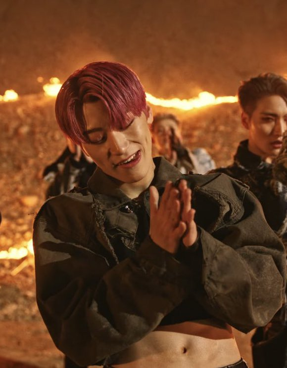 Choi San from ATEEZ, you're welcome !! 😁 #FEVER_Part_2 #불놀이야 #Fireworks #ATEEZ #에이티즈