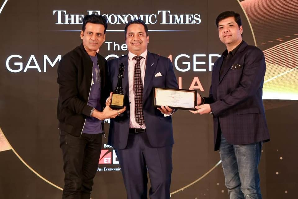 The Economic Times  Game Changer of the year 2019  #DrVivekBindra #BadaBusiness #Repost #motivation  #BounceBack