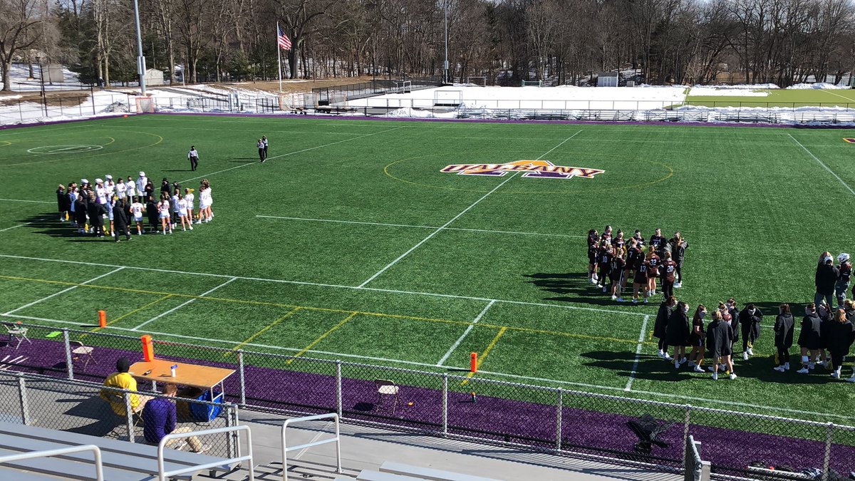 It's lax season at @ualbany! @UAlbanyWLax is hosting @GoBonnies in its home opener. We'll have highlights tonight on @WNYT