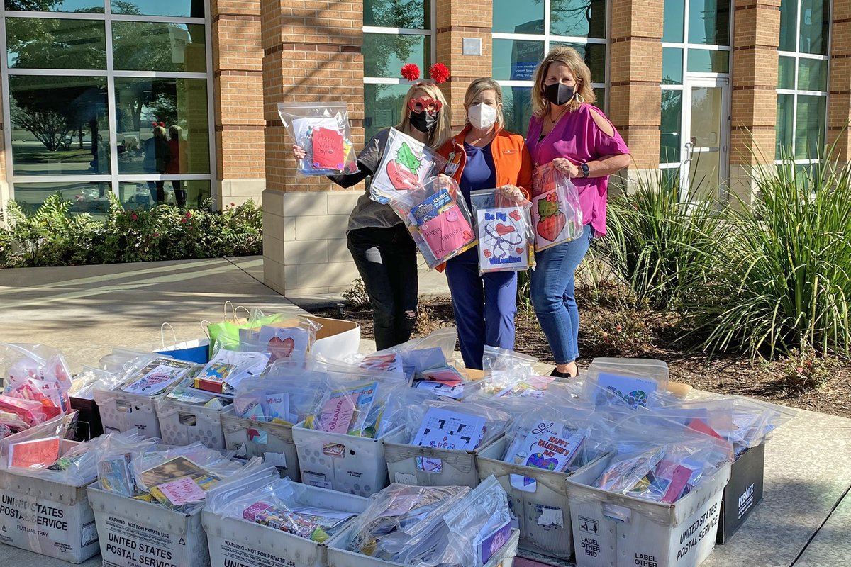 Thank you to @cyfallspress reporter Freja Cini for writing this great story about @cyfallshs giving back to the community. Be sure to give Freja's story a read! #CFISDspirit #CFISDHSJN