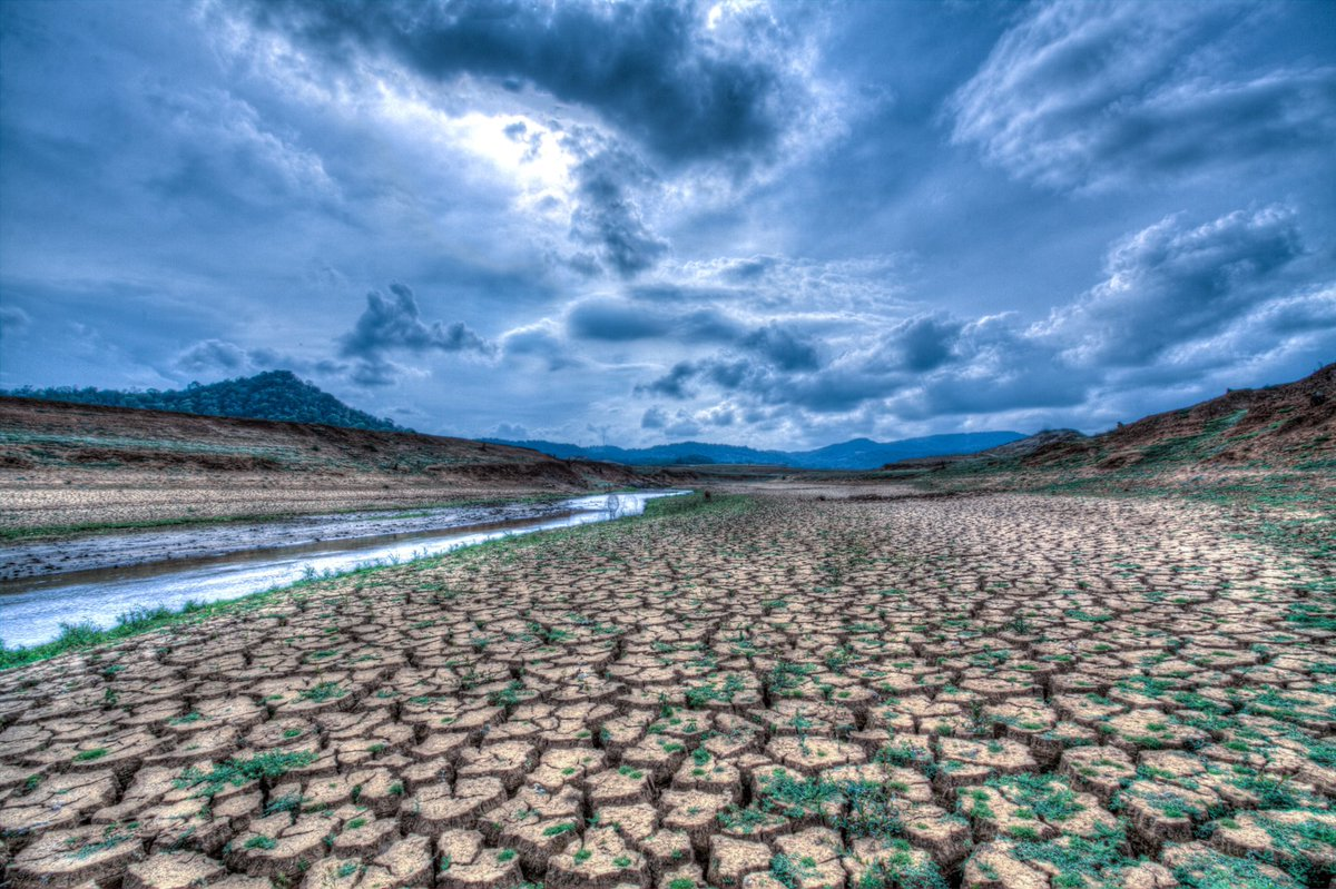 Climate change threatens human rights! It can undermine countries' development, acting as a multiplier of drought, famine and forced displacement. @EP_Development voted on @MonicaSilvanaGs report that puts the most vulnerable at the centre of the Green Deals external dimension