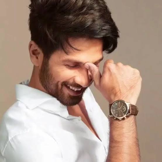 Wishing you a very happy birthday to our idol and inspiration @shahidkapoor we all love you brother and wishing you best in your future projects ❤