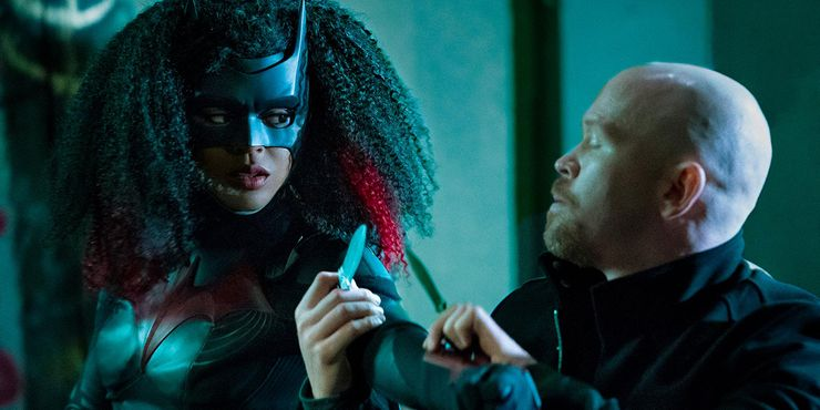 I am guessing that Ryan Wilder will have to go to Coryana and meet Safiyah to get Desert Rose for the kryptonite wound from Hush. Just a thought. #Batwoman