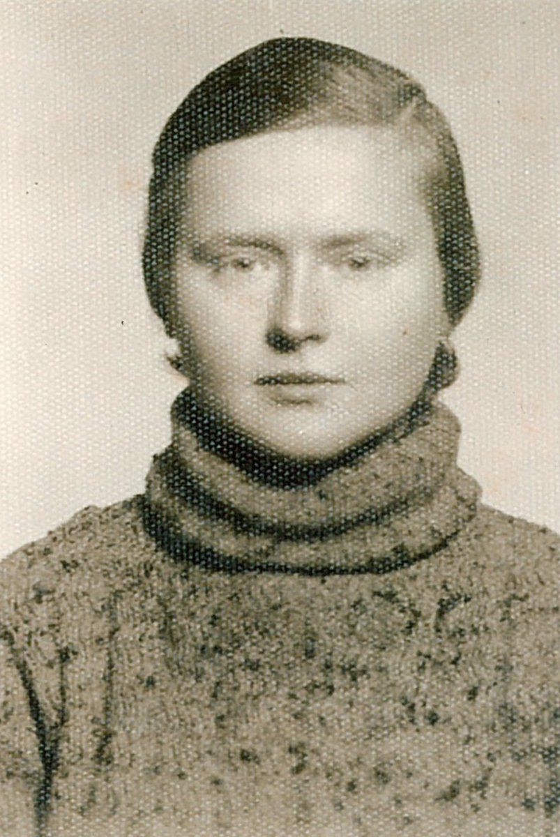26 February 1922 | A German Jewish woman, Helene Zwick, was born in Leipzig.   In February 1943, she was deported from Berlin to #Auschwitz. She did not survive.