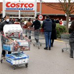 Image for the Tweet beginning: Costco raises minimum wage to