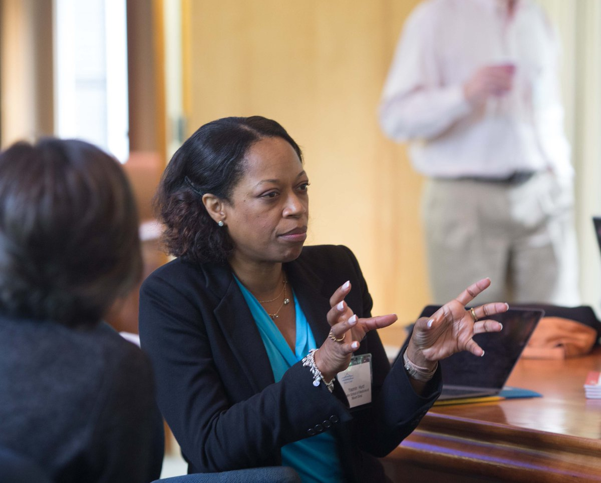 Our spotlight today is on Dr. Yasmin Hurd, Professor & Director of the Addiction Instit. @IcahnMountSinai [shown at Banbury in 2015 for What is Needed to Harness Chemogenetics for the Treatment of Human Brain Disorders?]. Dr. Hurd is a global leader 1/2  #BlackHistoryMonth