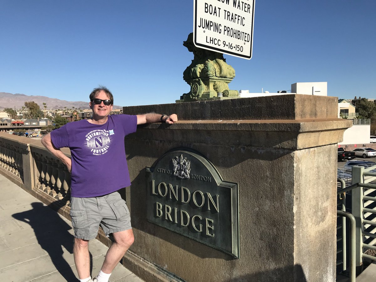 Now I've made it to both London Bridges. The one near where the Vikings played the Browns in 2017 and the one up the road (in Lake Havasu City, Ariz.) from where the Vikings will play at Arizona next season. https://t.co/v6e1CNgeQ7