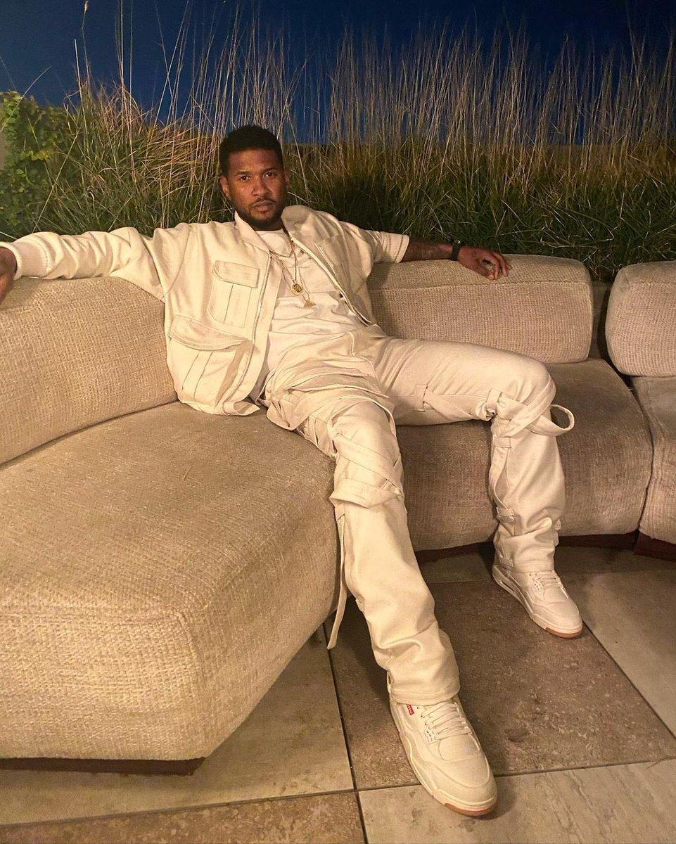 Replying to @Usher: New classic