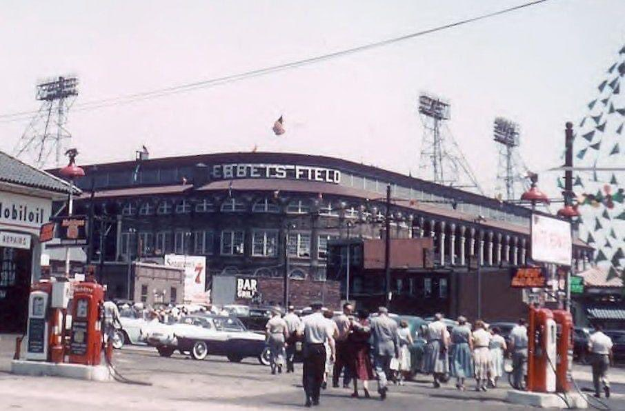 Ebbets Field then and the site of Ebbets Field now (roughly the same angle). Photo: Richard Costa https://t.co/qntp4J62U2