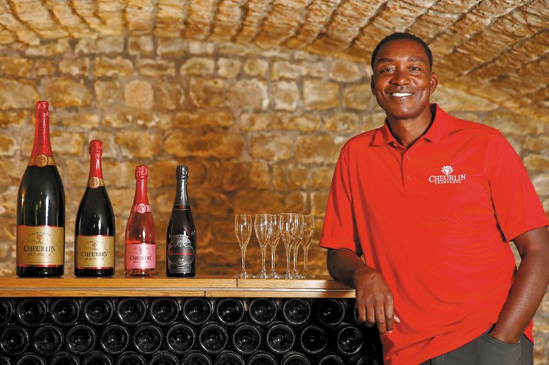 Isiah Thomas' champagne @Cheurlin1788 is expanding into Target, Sams Club and Walmart — becoming the world's largest minority-owned champagne producer.  The announcement comes just weeks after the 2x NBA Champ invested $3M into @OneWorldPharma, the cannabis firm he is CEO of.