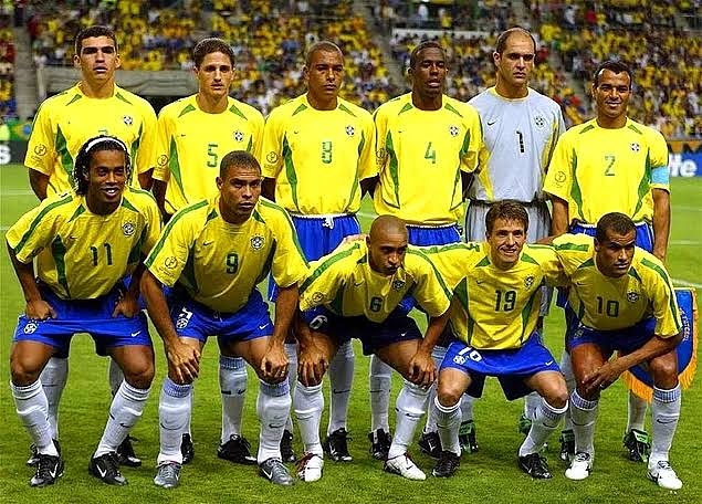 Brasil 2002 ##Football #nostalgie #goals #team #dream #messi #ronaldo #love #TagsForLikes #iphoneonly #amazing #smile #like4like #look #picoftheday #food #instadaily #followme #follow #summer #holiday #webstagram #colorful #party #flower kovid 19 #Covid_19 #coronavirus #COVID19