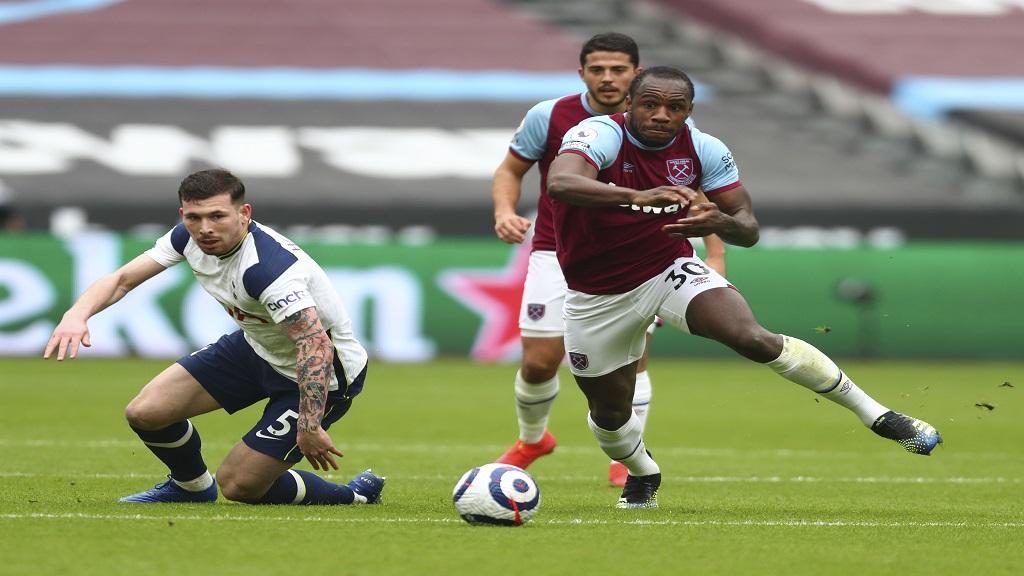JFF approaches West Ham's Michail Antonio again